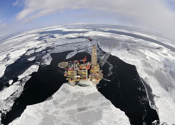 oil-rig-Artic