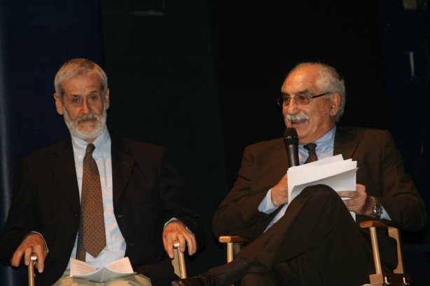 Armando Spataro e Enrico Calamai alla presentazione di Mar del Plata, 15 luglio 2013. teatro Franco Parenti